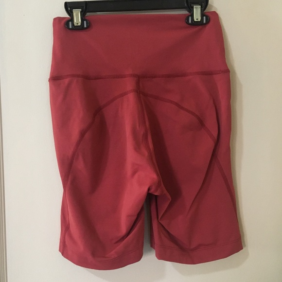 Details about  /Outdoor Voices Light form Sports Bra And Bike Shorts Earth Red Small
